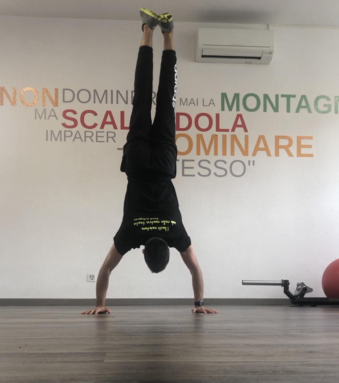 Handstand errore braccia