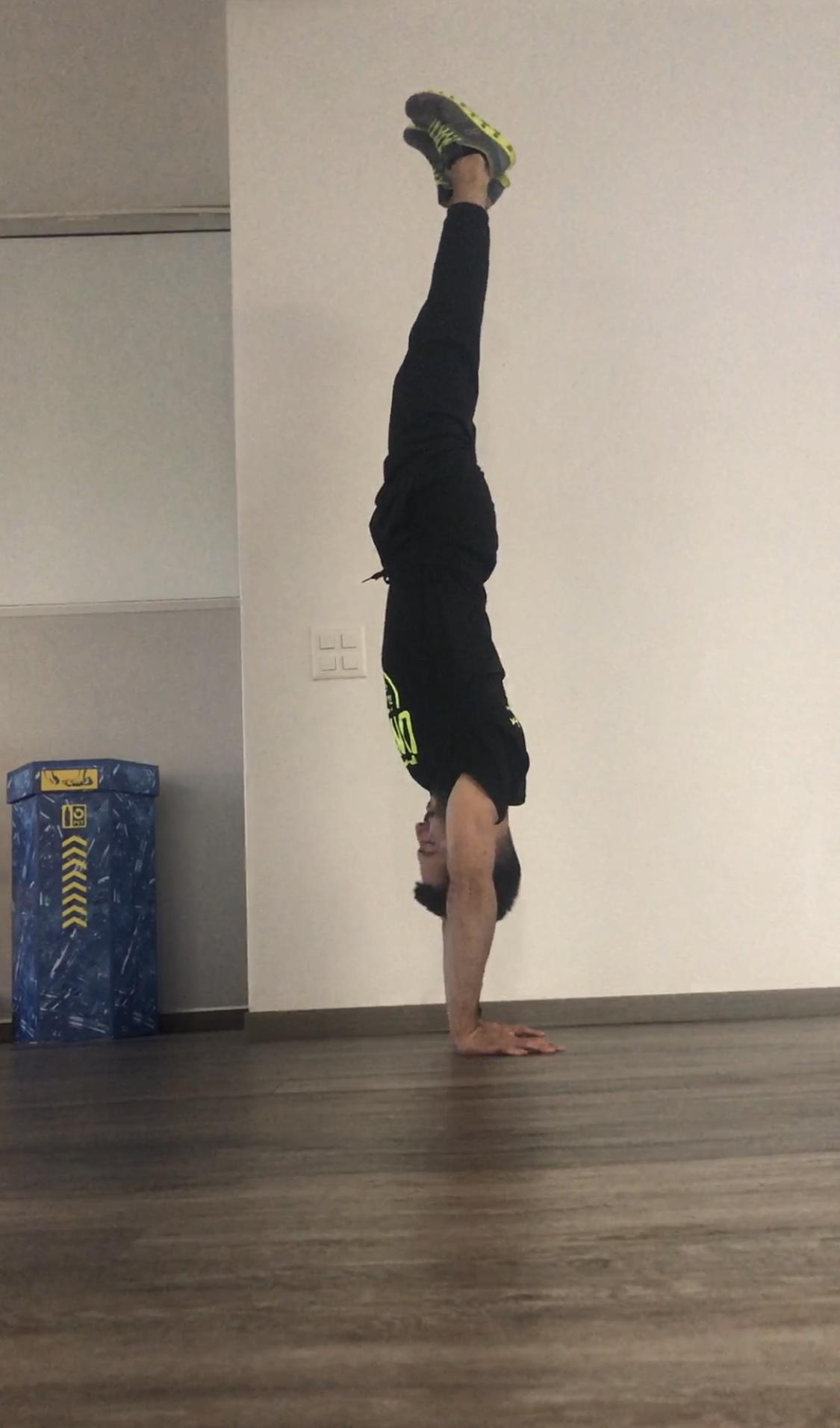 Handstand errore testa 2